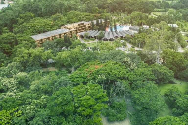 Área Verde preservada dentro do Hotel Internacional Gravatal