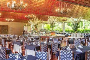 Salão do restaurante do Hotel Internacional Gravatal